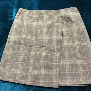 School girl mini skirt ... very 90's - size small